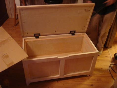 wooden toy box plans   woodworking projects