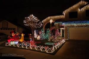 Outdoor, Christmas, Light, Decorating, Ideas, To, Brighten, The, Season