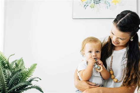 Teething Necklaces For Babies 101 Babycare Mag
