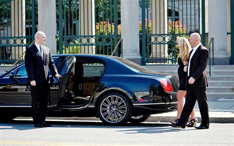 Booking Limousine Service by Booking Chauffeured Transportation In Philadelphia Pa