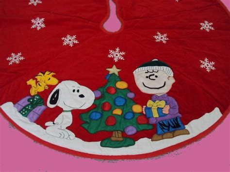 peanuts gang charlie brown kurt adler christmas snoopy