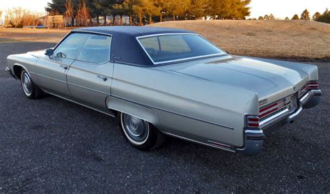 File:1972 Buick Electra 225, rear left.jpg - Wikimedia Commons