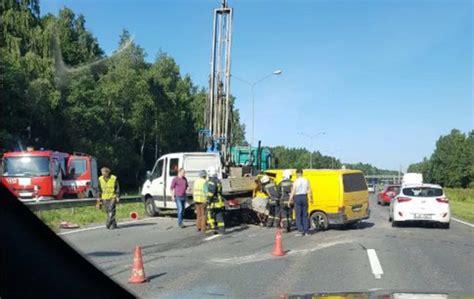 Notikusi smaga autoavārija pirms Jūrmalas šosejas, ir ...