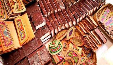 leather crafts  india