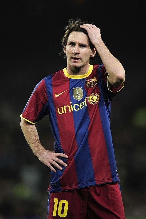 BARCELONA, SPAIN - OCTOBER 16: Lionel Messi of Barcelona ...