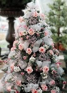25 unique Pink christmas tree ideas on Pinterest