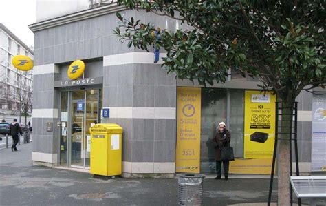 bureau poste 16 chevilly larue ils tractent à l extérieur la poste