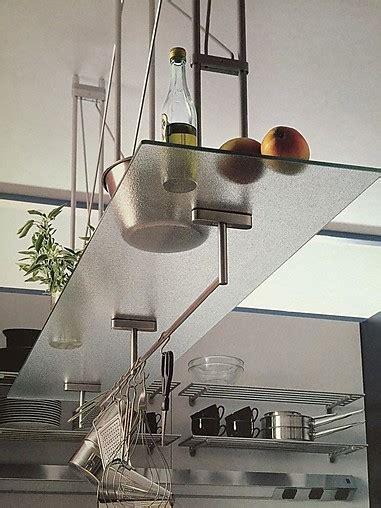 hängeregal der decke accessoires und deko h 228 ngeregal mit glasablage bulthaup klassiker glasregal 125 mmlang bulthaup