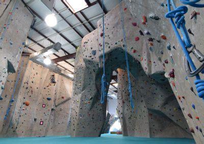houston indoor rock climbing gym activity center