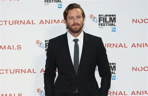 Armie Hammer is working in construction - WKBT