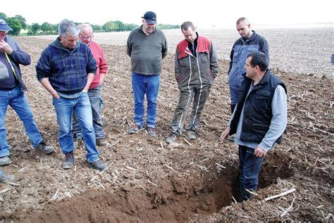 chambre agriculture 29 les outils à dents en démonstration journal paysan breton