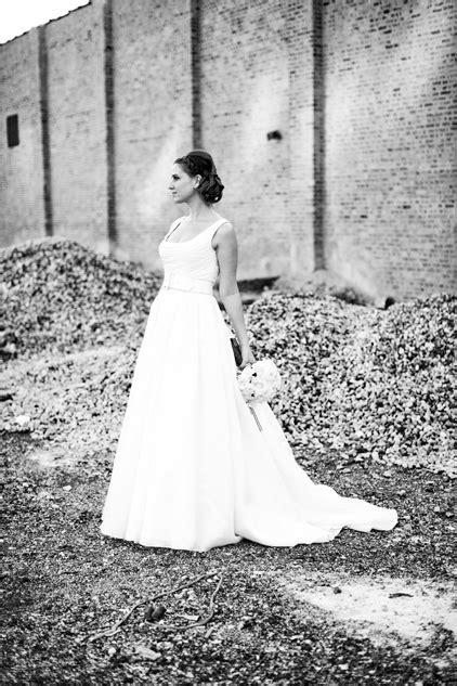 museum  contemporary art wedding sarah john olivia