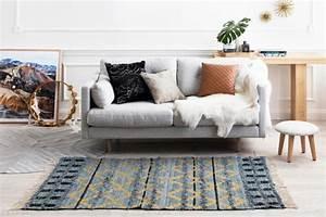 relooker un vieux canape solutions faciles et pas cheres With tapis peau de vache avec canapé inclinable 2 places
