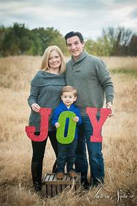 Christmas Family Photo Ideas 38 Of The Cutest And Most Fun