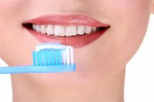 Dents Qui Se Déchaussent Photos : caries rep rez le taux de fluor dentifrice 7 conseils pour le choisir sans se faire avoir ~ Medecine-chirurgie-esthetiques.com Avis de Voitures