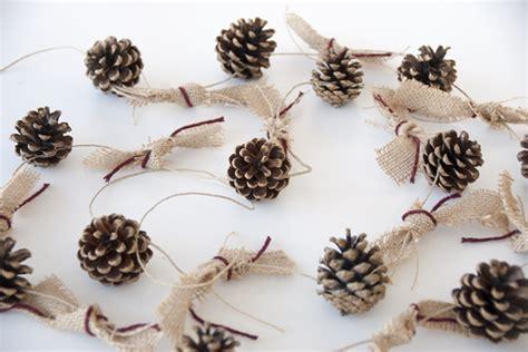 weihnachtsschmuck selber machen basteln mit zapfen 55 tolle diy dekoideen zu weihnachten weihnachtsbasteln