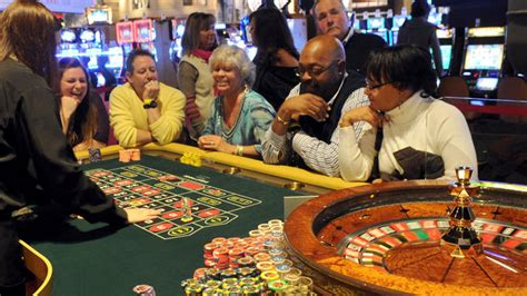 mgm national harbor table games hollywood casino baltimore ssb shop