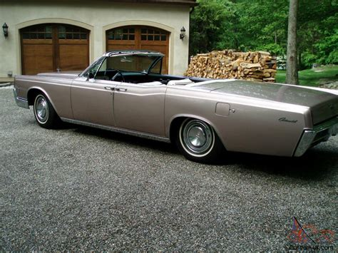 lincoln continental doors 1966 lincoln continental convertible 48 434
