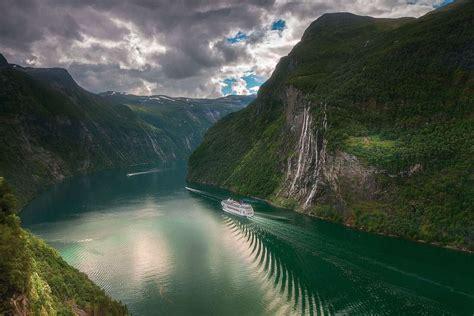Hiking The Geiranger Skageflå Homlong Trail In Norway