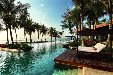 romantic escape spa botanico  dorado beach spa living