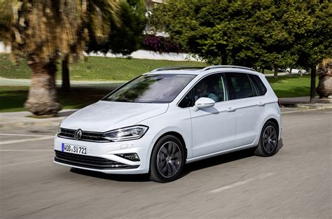 2018 Volkswagen Golf Sportsvan Shows Facelift In New