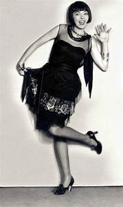 Fabulous Portraits of 18 Famous Flappers in the 1920s ...