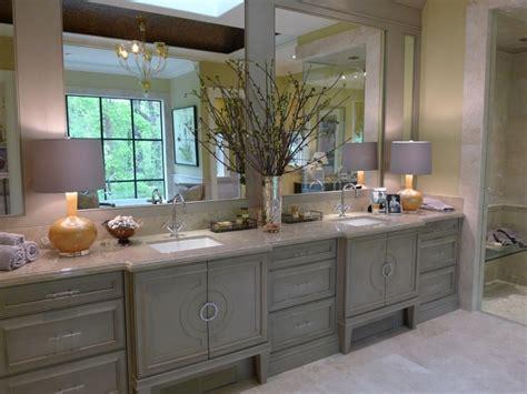 Interior Modern Rustic Bathroom Decoration With Gray Wood