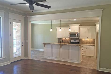 independent kitchen designer traditional house plan 142 1137 3 bedrm 1826 sq ft home 1826