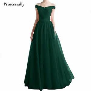 emerald bridesmaid dresses best 20 emerald green gown ideas on emerald gown emerald green formal dress and