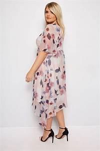 285 25 20 : yours london midi kleid mit blumendruck rosa gro e ~ Jslefanu.com Haus und Dekorationen