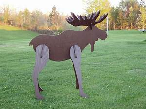 Hand Crafted Lawn Moose Decoration By Windy Woods