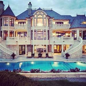 Really Big Mansions With Pools