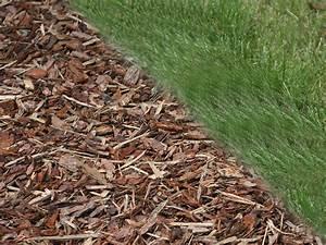 Rindenmulch Als Gartenweg : rindenmulch als fallschutz bietet bei 40 cm f llh he einen ~ Lizthompson.info Haus und Dekorationen