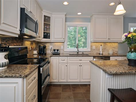 countertops for white cabinets white kitchen cabinets with quartz countertops