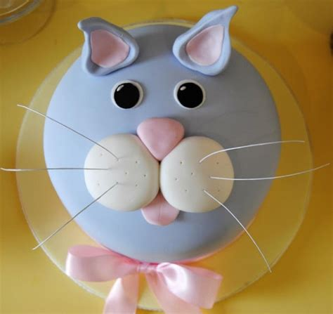 Check out our cat birthday cake selection for the very best in unique or custom, handmade pieces from our pet food & treats shops. Kitty Cat Cakes for Cat Lovers - Cake Geek Magazine
