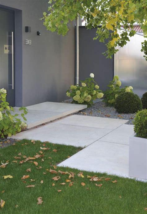 Trittplatten Für Rasen by Conceo Sichtbeton Grau Tocano Podestplatte Architektur