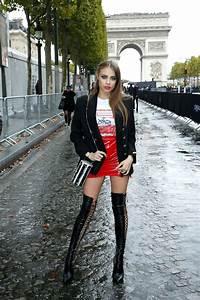 Xenia Tchoumitcheva - L'Oreal Show, PFW in Paris 10/01/2017