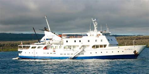 M/V Eclipse Galapagos Cruise | Galapagos Luxury Ship