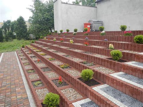 Garten Eckig Gestalten by Pflanzsteine Setzen Und Bepflanzen Gartengestaltung Ideen