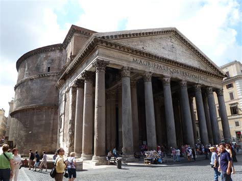 classicos da arquitetura panteao romano imperador