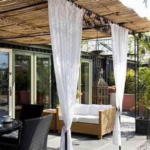 les voiles dombrage pour embellir notre jardin ou balcon With idee amenagement jardin rectangulaire 7 amenagement dune terrasse deco avec un voile dombrage