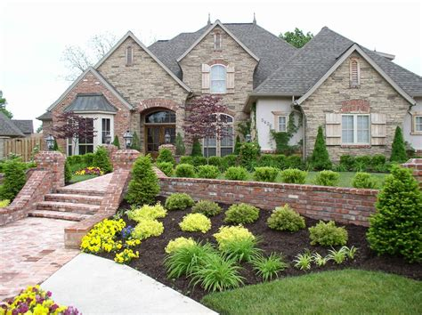 Yard Landscaping Pictures