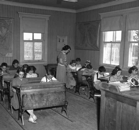 bureau d education catholique la société québécoise entre 1905 et 1980 trois