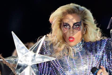 Lady Gaga At Super Bowl Halftime Show 2017 Lady Gaga