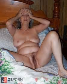 Horney Grannies Flashing Puss Zb Porn