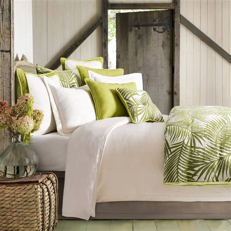bedroom bring tropical paradise    home