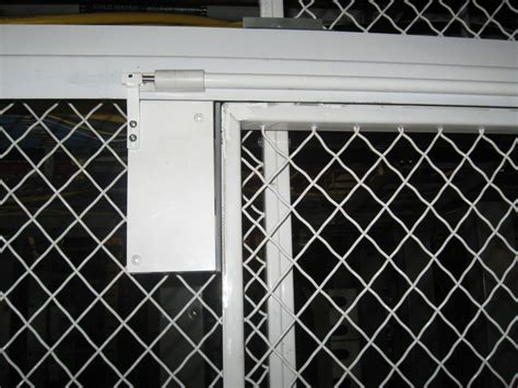 dcs global  patented ultra glide door closer