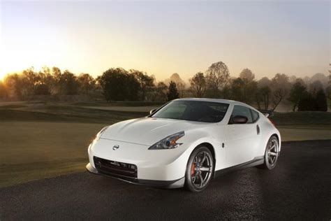 nissan sports car 2014 2014 nissan 370z new car review autotrader