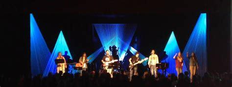 rays  rays  church stage design ideas