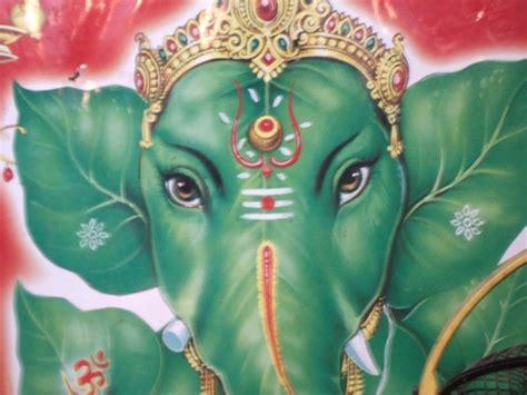 elefantes hindues coloridos en imagenes  descargar hoy